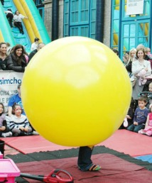 Childrens street shows